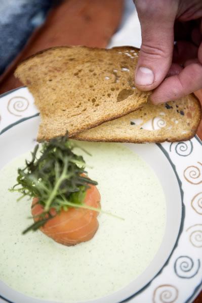Crèmesoep van groene courgette en avocado